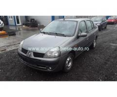 Dezmembrez Renault Clio II, an 2006, motorizare 1.5 DCI