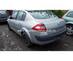 Dezmembrez Renault Megane II, an 2004, motorizare 1.5 DCI